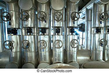 equipamento, cabos, e, tubagem, como, encontrado, interior, industrial, planta poder