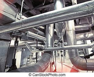 equipamento, cabos, e, tubagem, como, encontrado, interior, um, modernos, industrial, planta poder