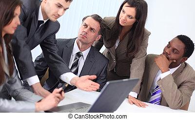 equipe affaires, discuter, nouvelles idées