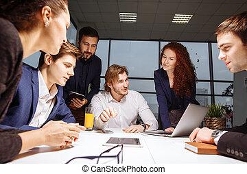equipe negócio, e, gerente, em, um, reunião