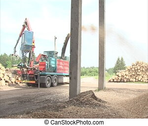 equipment crush wood chip - biofuel production from logs....