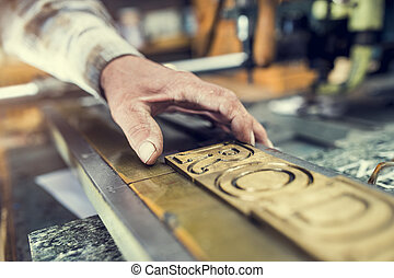 Equipment for engraving