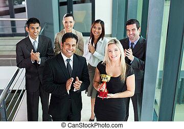 equipo negocio, ganando, un, premio
