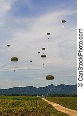 erőltet, paratroopers, levegő