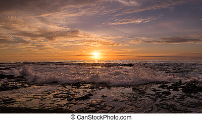 erős, lenget, és, napkelte, -ban, newcastle, tengerpart, ausztrália