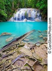erawan, vízesés, kanchanaburi, thaiföld