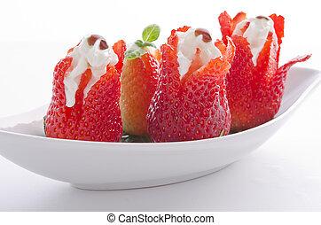 erdbeere mit sahne