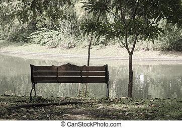 eredet, bírói szék, liget, idő