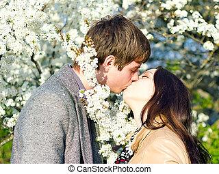 eredet, külső, portré, közül, egy, young párosít, csókolózás