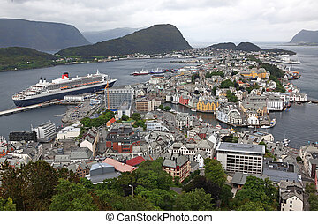 erial view from the mountain Aksla at the Alesund. Alesund is know as the Art Deco city of Norway due to it's many Art Deco buildings