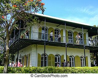 Ernest Hemmingway's Home Side view - Key West, Fl Ernest ...