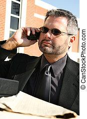 ernst, draußen, mann, geschäftstelephon