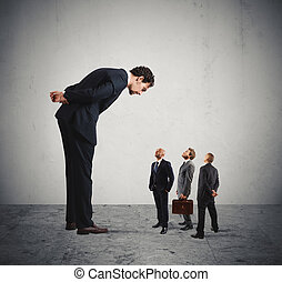 ernstig, zijn, werknemers, baas, humiliates