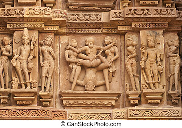 erotisk, hindu tinning, träskulpturer