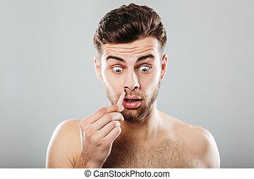 haar entfernen pinzette nase mann graue entfernen bild