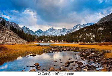 erstaunlich, landschaftsbild, schöne , berg, sonnenuntergang