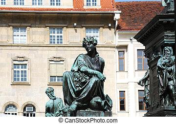 Erzherzog Johann Brunnendenkmal - details of the Archduke...