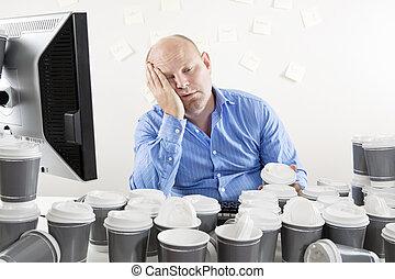 esaurito, ha lavorato troppo, ufficio, uomo affari