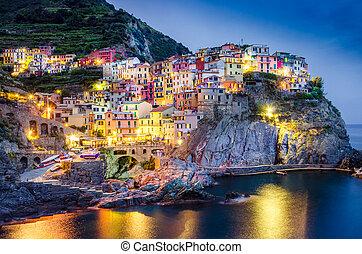 escénico, noche, vista, de, colorido, aldea, manarola, en,...