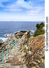 escadaria, mar