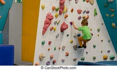 escalade, garçon, gymnase, unrecognizable, pratiquer