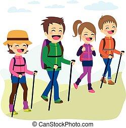 escalando, família feliz, montanha