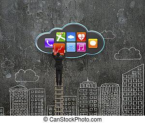 escalando, homem negócios, adquira, app, ícone, de, nuvem preta