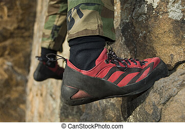 escalando, sapato