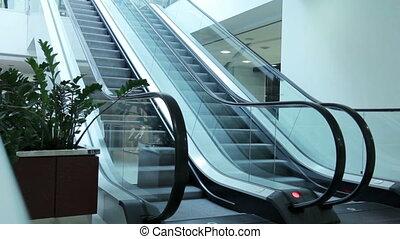 escalator - Escalators moving in different directions