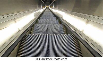 Escalator going downwards 1080p