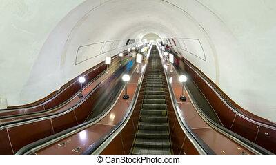escalator, métro, gens, timelapse, en mouvement, hyperlapse