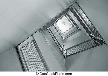 escalera espiral, salida de emergencia