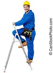 escalera, trabajador, arriba, paso, construcción, montañismo