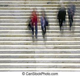 escalier, gens