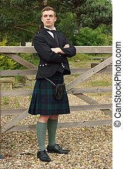 escocés, Falda escocesa, joven, guapo