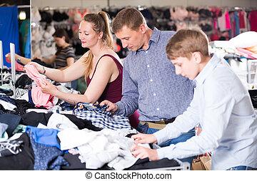 escoger, ropa, ordinario, tres, familia