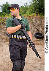 escopeta, entrenamiento, disparando