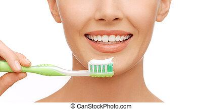 escova de dentes, mulher