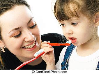 escovar, mãe, filha, dentes