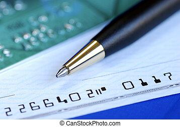 escribir, un, cheque, para pagar, el, cuenta de la tarjeta...