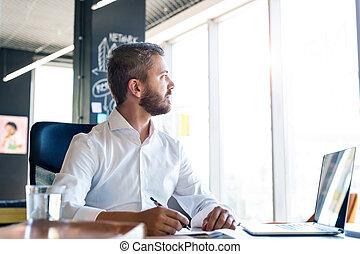 escritório., laptop, seu, homem negócios, escrivaninha