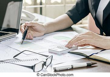 escritório, mulher, trabalhando