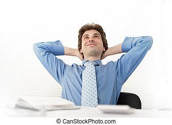 escritório, relaxar homem, negócio, sorrindo