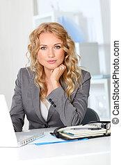 escritório, trabalhando, executiva, computador laptop, retrato