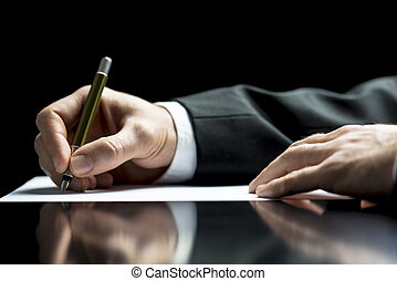 escrito homem negócios, um, letra, ou, assinando