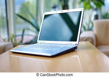 escritorio de oficina, computador portatil, delgado