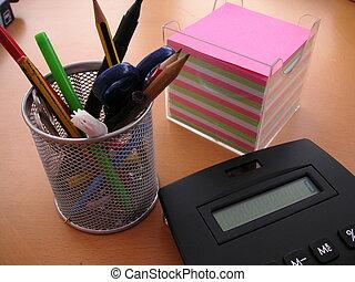 escritorio de oficina, objetos