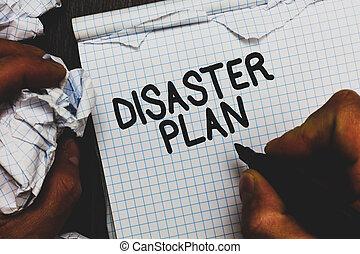 escritura, texto, desastre, plan., concepto, significado, responder, a, emergencia, preparación, supervivencia, y, kit de primeros auxilios, hombre, tenencia, marcador, cuaderno, arrugado, papeles, rasgado, páginas, errores, made.