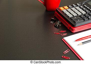 escrivaninha escritório, tabela, com, caderno, calculadora, caneta, lápis