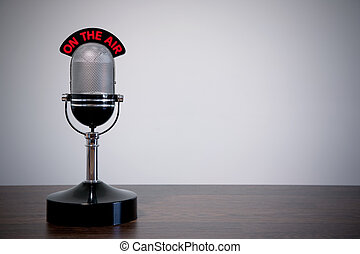 escrivaninha, microfone, retro